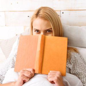Certaines femmes, de plus en plus addicts, préfèrent les romans d'amour « érotiques »... voire carrément pornos.
